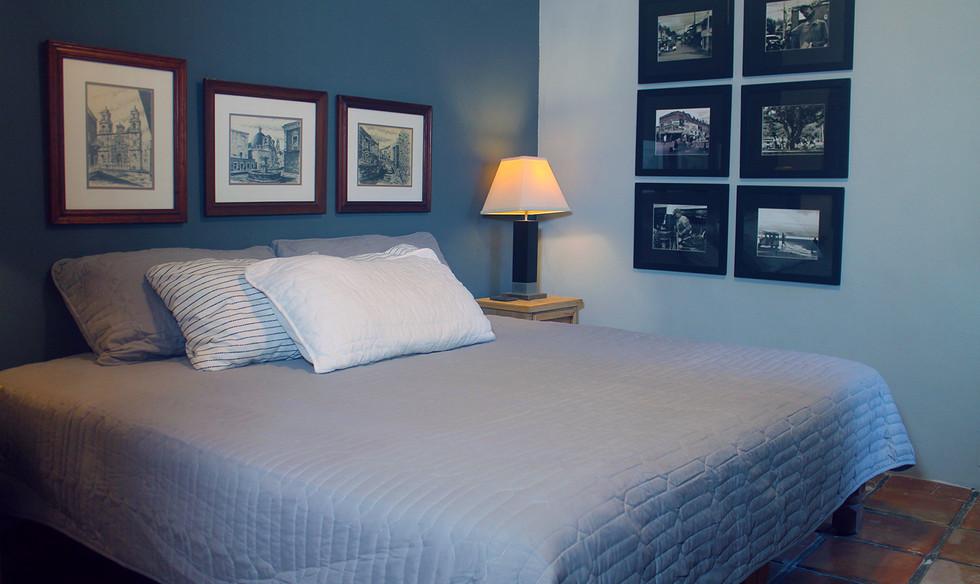 br2 bed.jpg