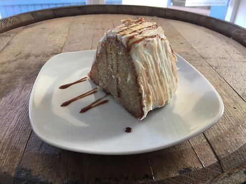 Apple Cinnamon Moonshine Cake