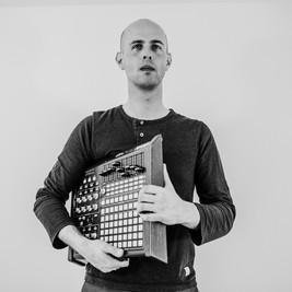 Piotr Peszat - media