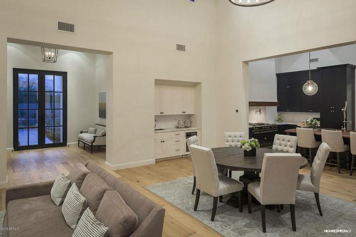 Silverleaf - Living Room