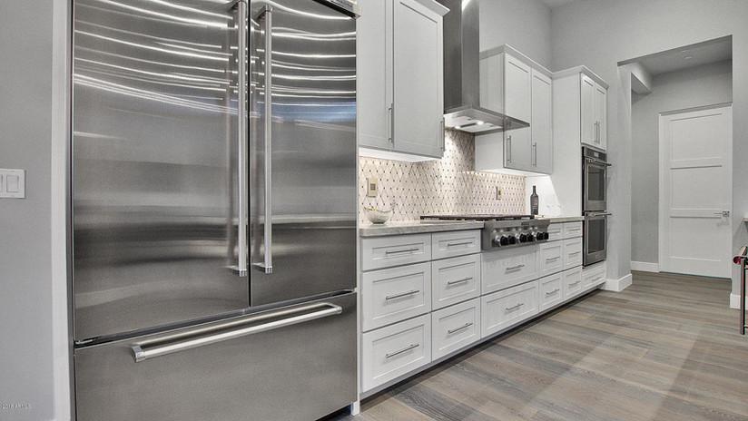 Bernell - Kitchen