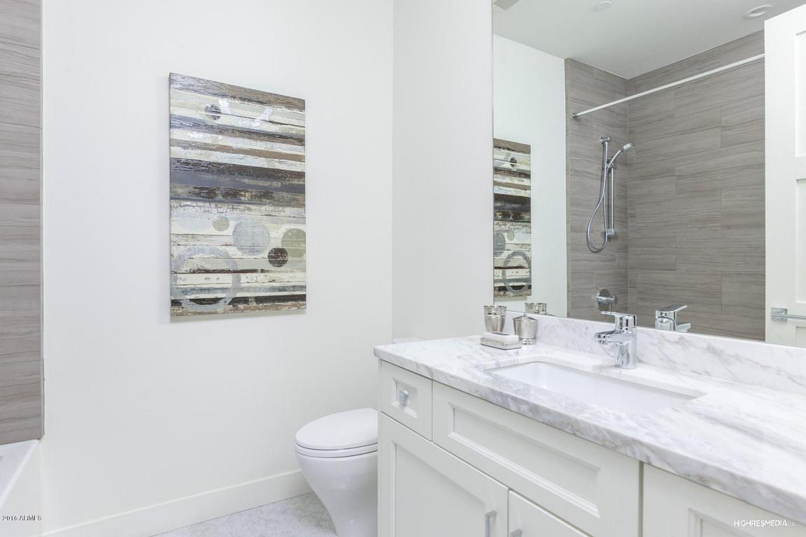 73rd - Guest Bath