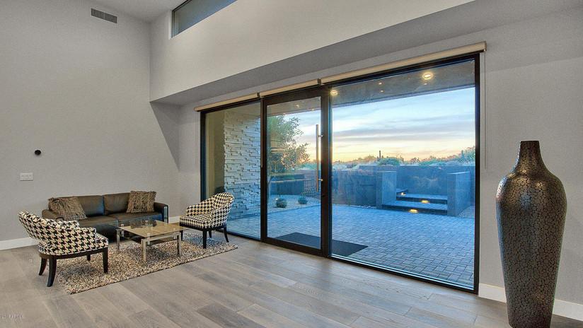 Bernell - Living Room