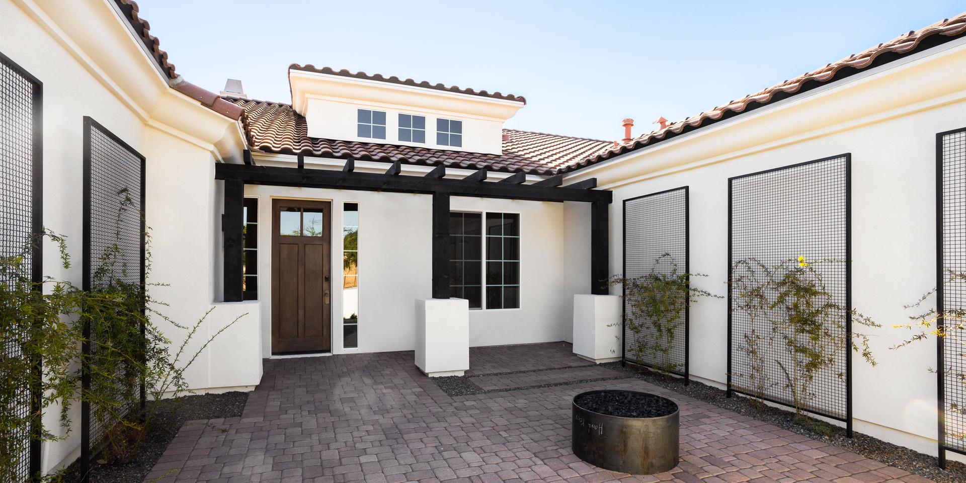 Diller Grove - Front Courtyard