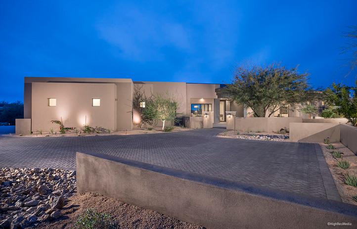 Desert Hills - Exterior