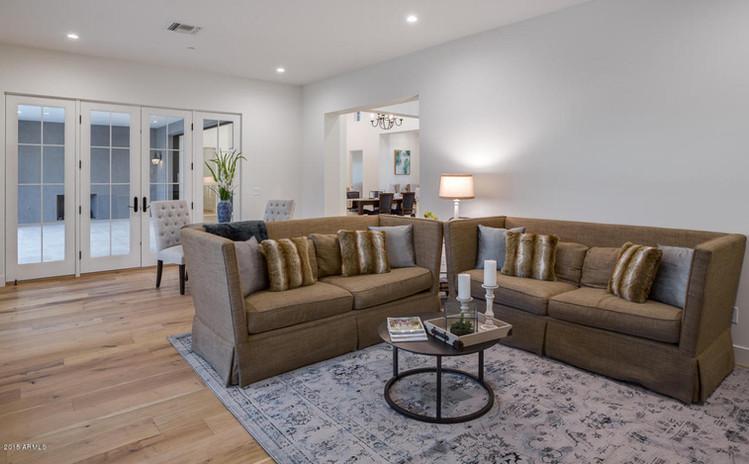 374 - Family Room