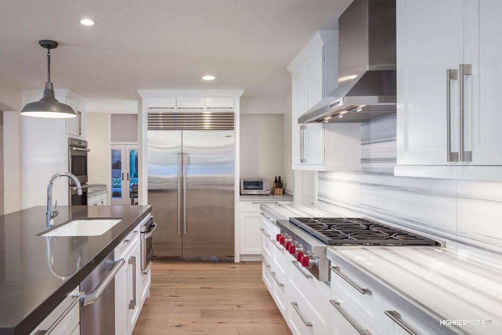 Hillis - Kitchen