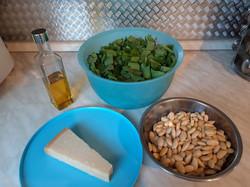 Zutaten für das Bärlauch-Pesto