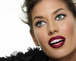 Bree Condon, Model, Smile, U.G.L.Y. Girl Cosmetics, Red, Lipgloss, Teeth, Beauty, Girl, Eyebrows, Cosmetics, Makeup Artist, Guess
