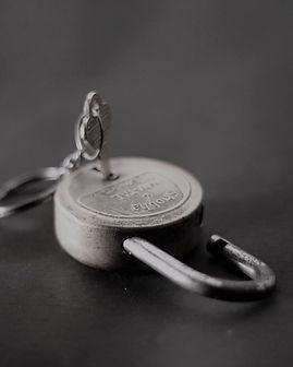 padlock-166882_960_720.jpg