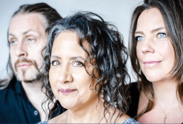 Josefine Cronholm – voice Krister Jonsso