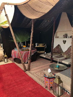 Tent Berbere drink party