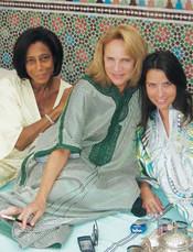 Gloria Maria e Lenny Niemeyer em dias de Dolce Farniente na casa de Adriana, o Riad Nour.