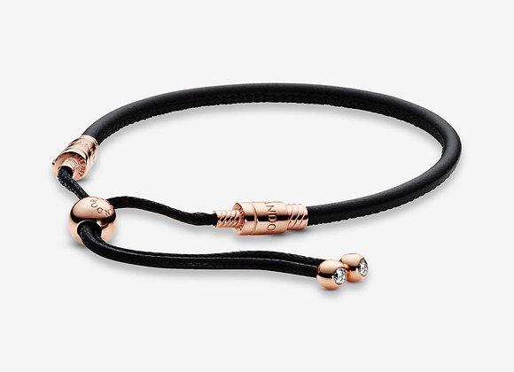 Bracelet Coulissant en Cuir Pandora Moments