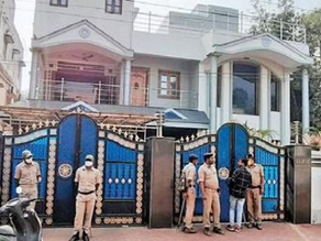 ACB raids Krishna Kumar's residence; with co-relation to Sasikala case.
