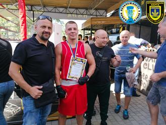 Співробітник муніципальної варти переміг на Кубку міста Києва з боксу серед чоловіків