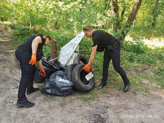 Муніципальна варта долучилась до толоки у Романівці, під час якої ліквідували сміттєзвалище