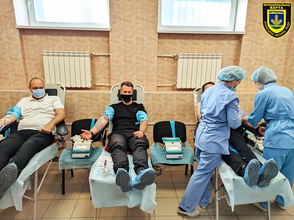 Кров заради життя: Муніципальна варта взяла участь у Дні донора в Ірпені