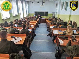 Ірпінська  варта провела лекцію про муніципальні органи правопорядку для студентів УДФСУ