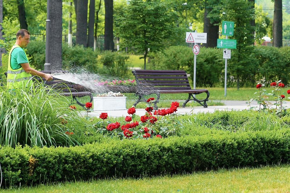 Головною метою двомісячника є прибирання міста та селищ після зими та досягнення належного рівня чистоти, благоустрою та комфорту.