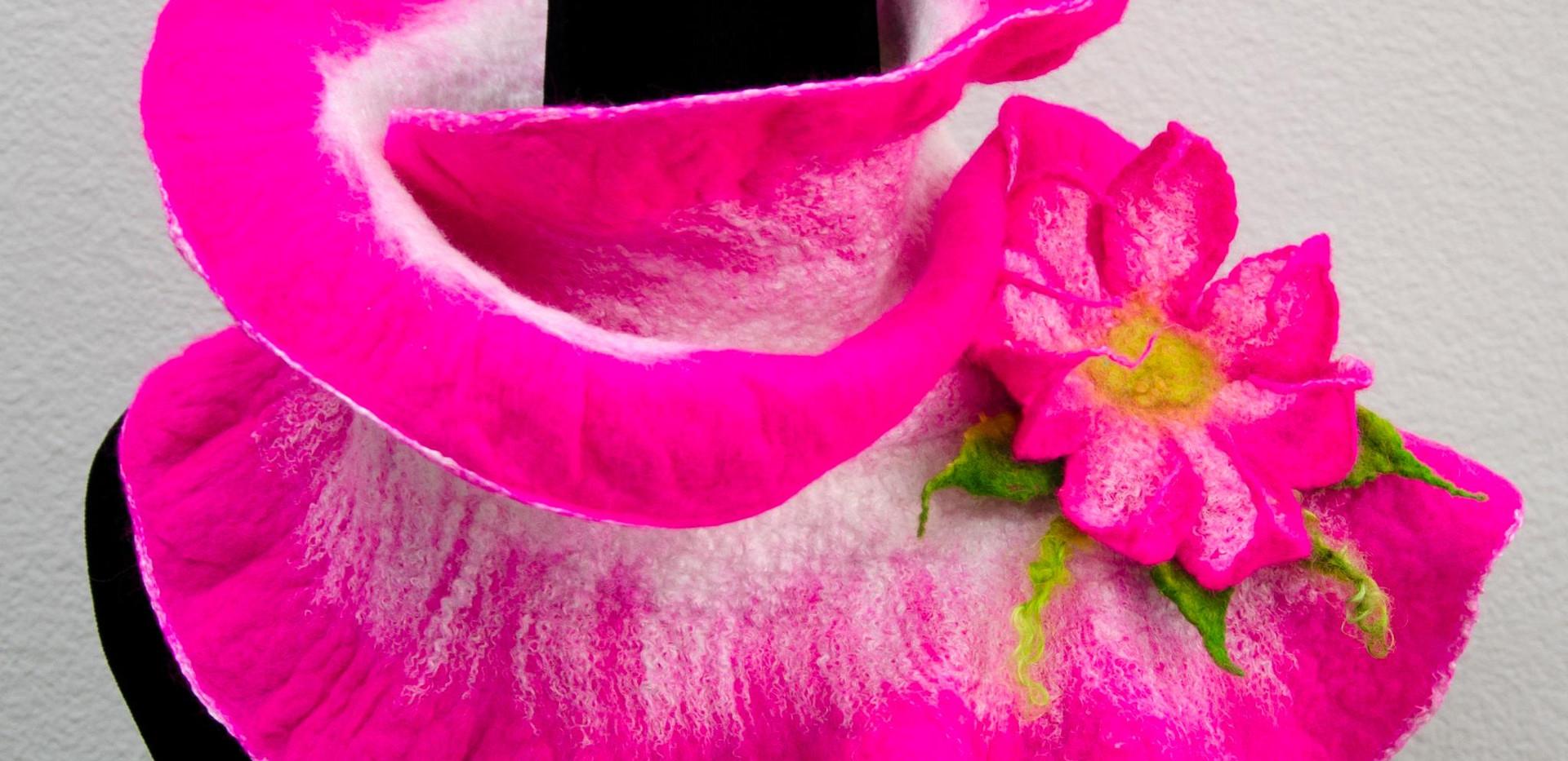 Hoy Pink Ruffle