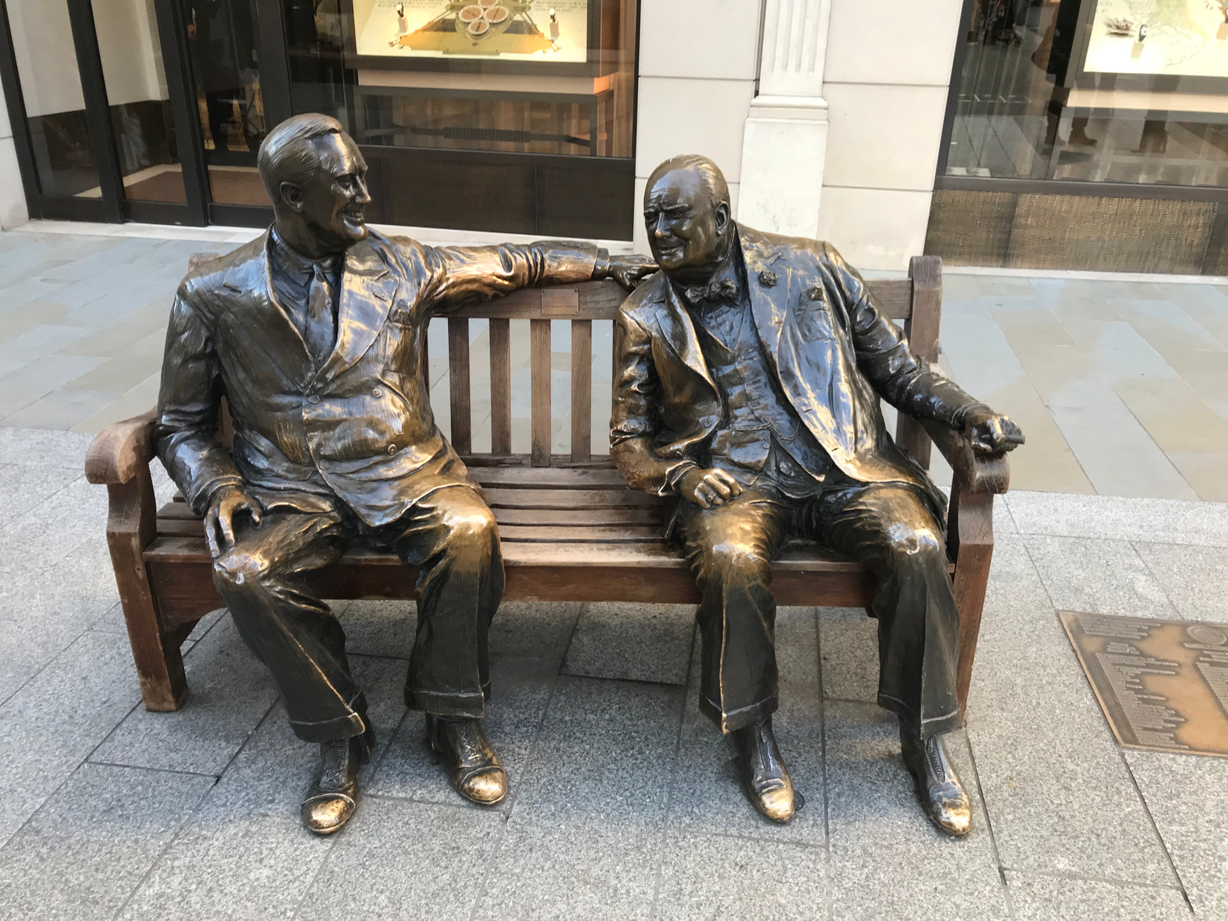 They Came Back: Americans in Mayfair