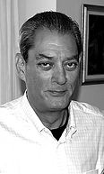 220px-Paul_Auster_in_New_York_City_2008_