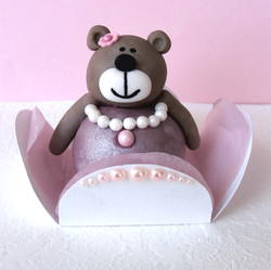 Teddy Bear Cake Pop