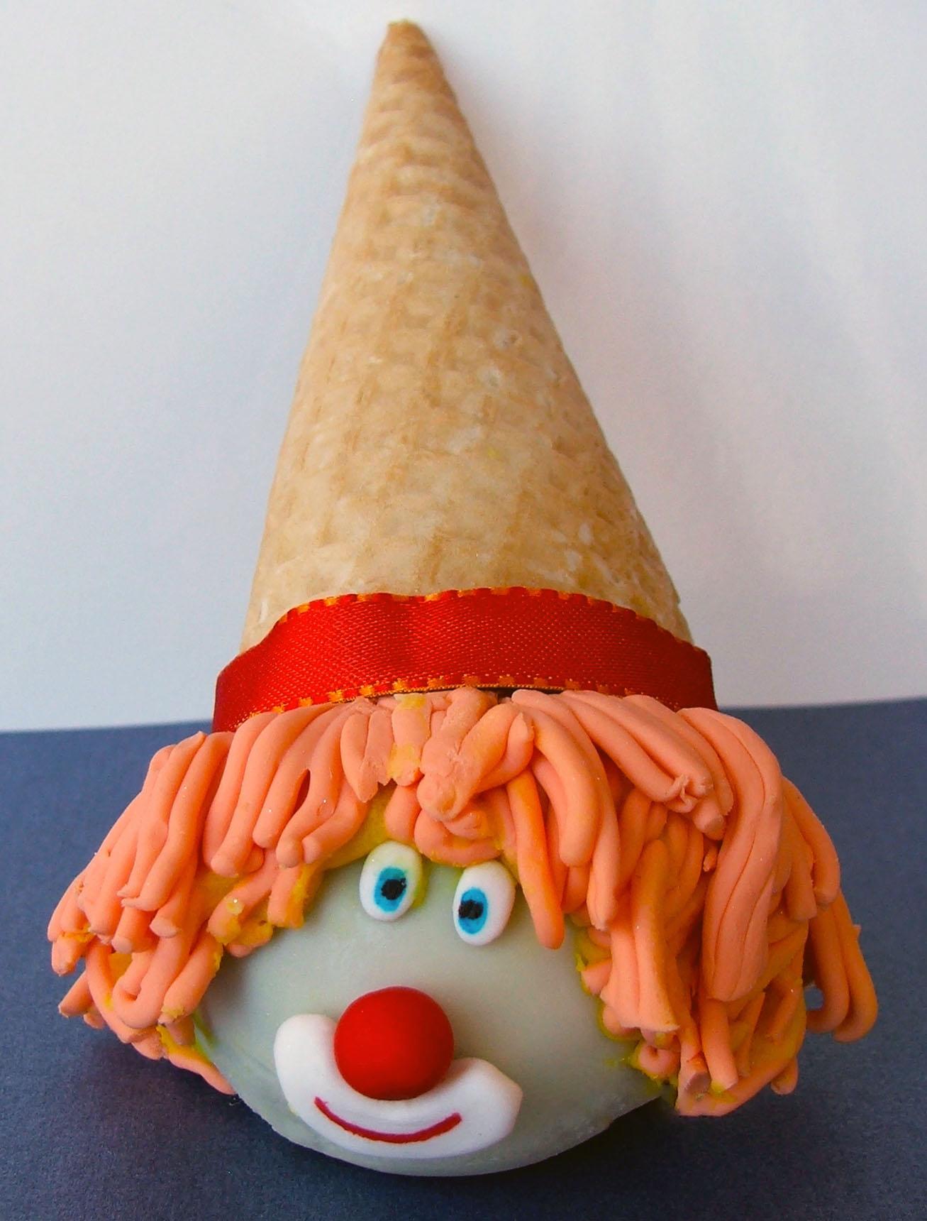 Clown Cake Pop