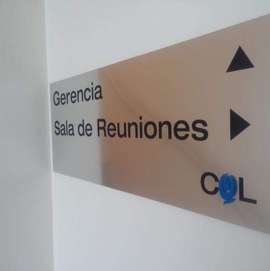 Placa Gerencia - Sala de Reuniones