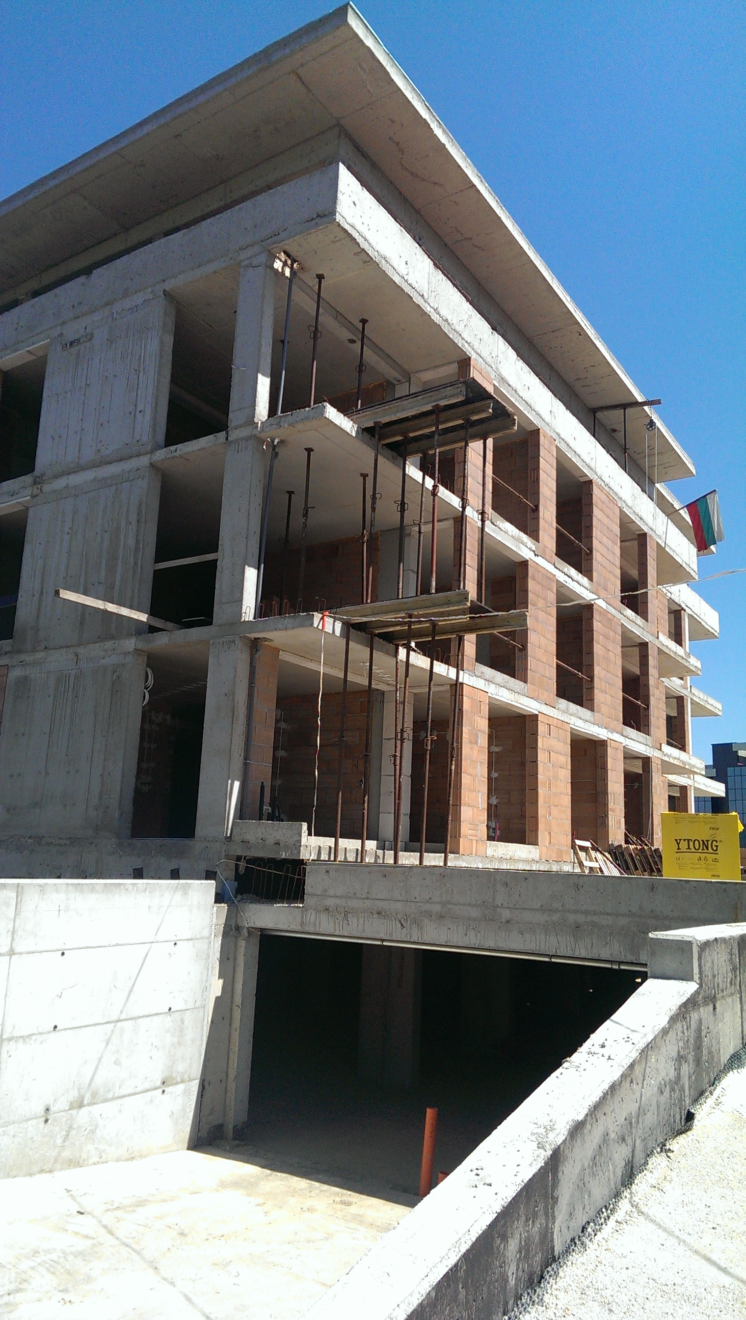 construction  03.07.2015. Parking 1