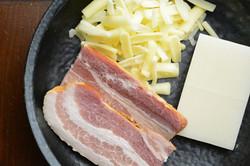 もち・ベーコン・チーズ