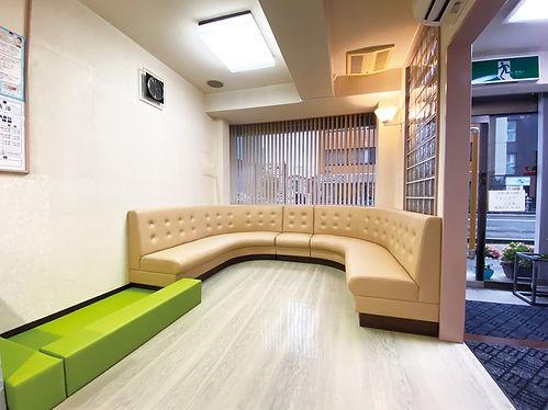 山崎歯科医院 新潟市 中央区 歯医者 歯科 待合室