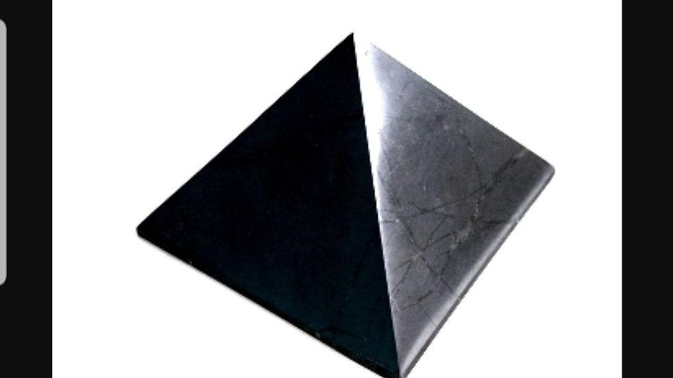 Shungite Pyramid 40x40mm