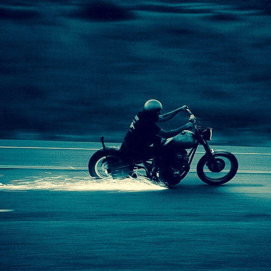 Helvetic, Helvetics, Helvetics-Motorcycles, Organisation, Verein, Verband, Murten, 3280, Motorradwerkstatt, Vereinslokal, Clubhaus, Bar, Motorradtreffen, Fahrgemeinschaft