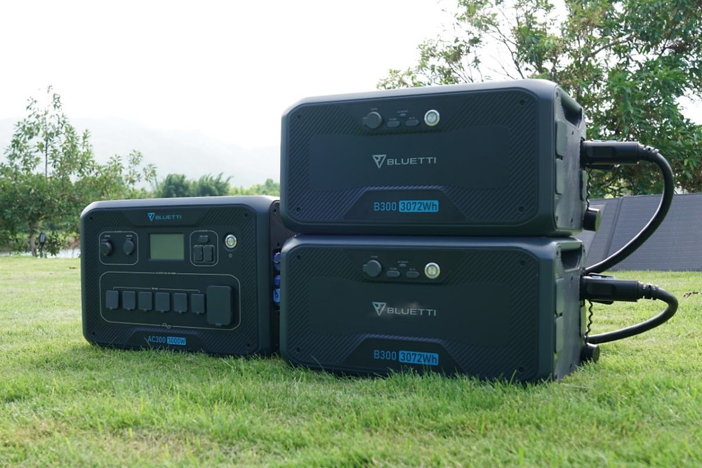 BLUETTI AC300 Movable Solar Plant with B300 Batteries