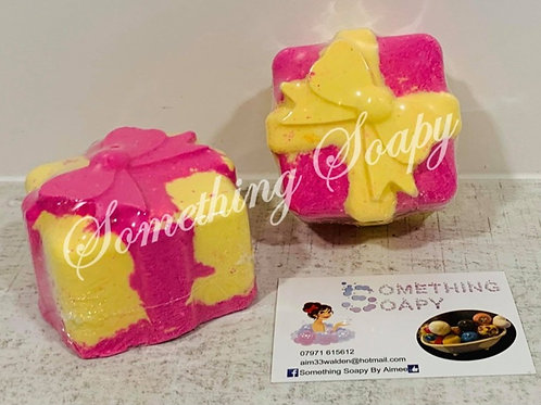 Rhubarb & Custard Novelty Bath Bomb