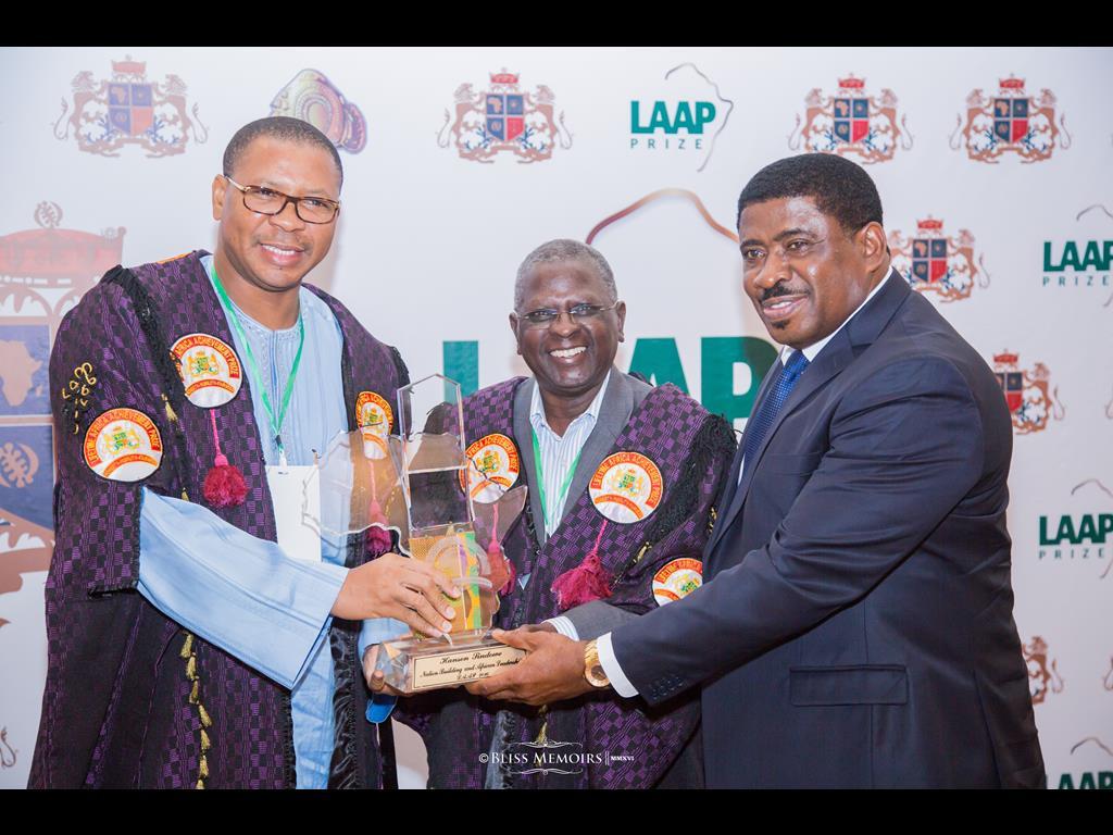 04-lifetime-africa-achievement-prize-201