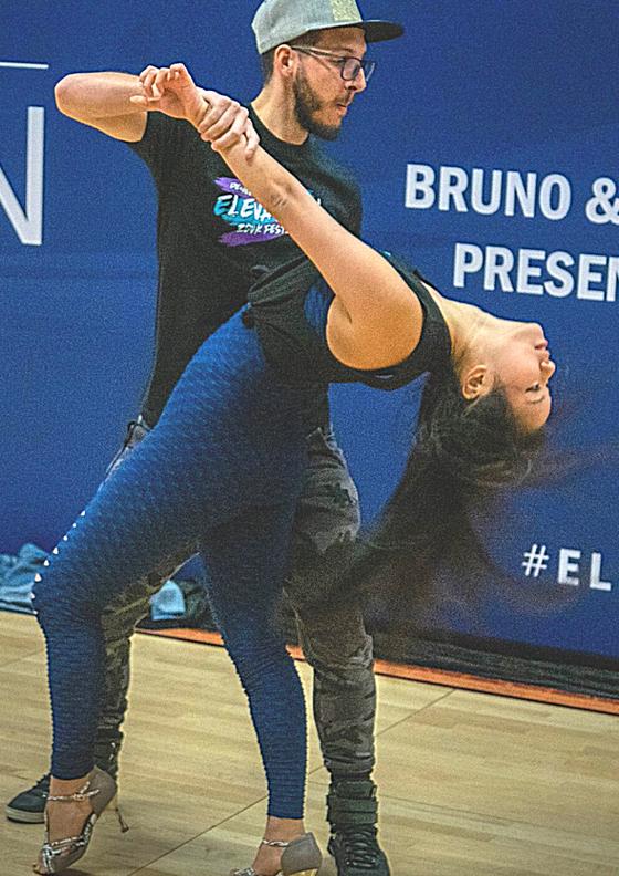Practising Non-Attachment in Partner Dancing
