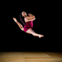 Ailayna leap
