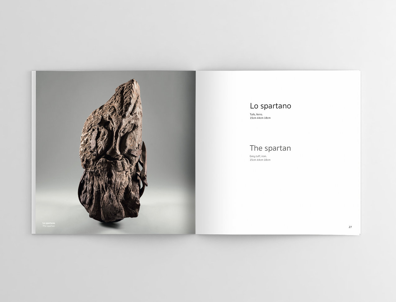 Square-Magazine-Mockup copia.jpg