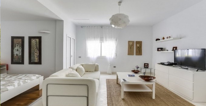 Seperate bed-living area.jpg