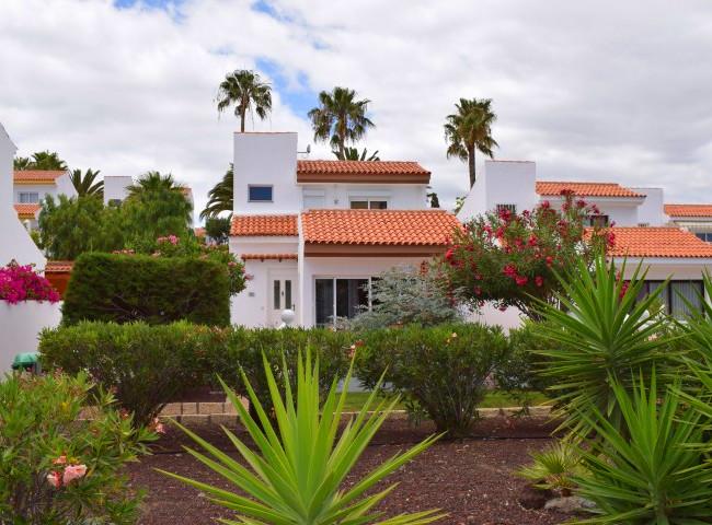Villa in Golf del Sur, Tenerife.jpg