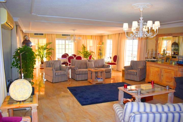 Luxury villa in Tenerife, the living roo