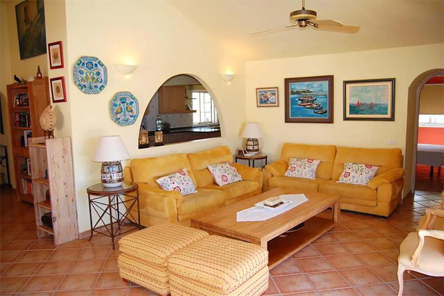 Canaty style villa in Amarilla Golf.jpg