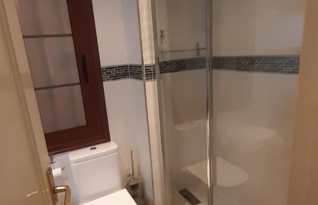 Other bathroom.jpg