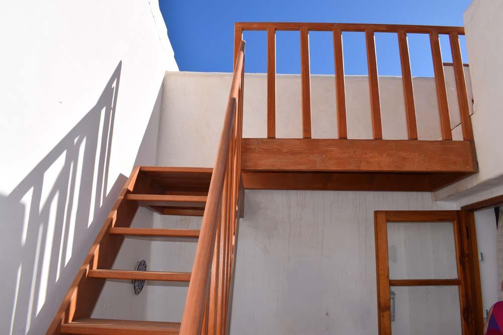 Stairs to roof terrace.jpg