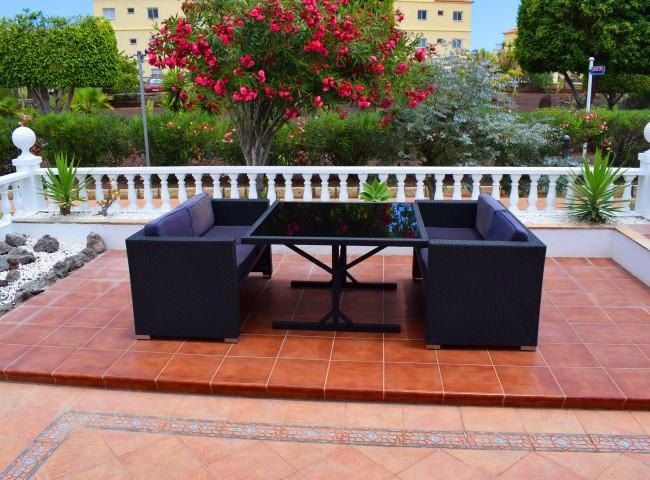 Front terrace.jpg