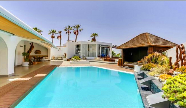 Luxury villa in Chayofa.jpg