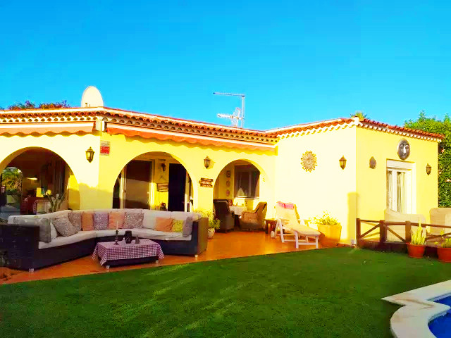 Villa in Amarilla Golf.jpg